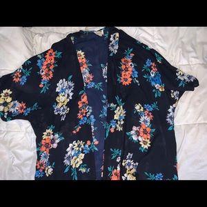 (SOLD)Brandy Melville Kimono/Cover Up